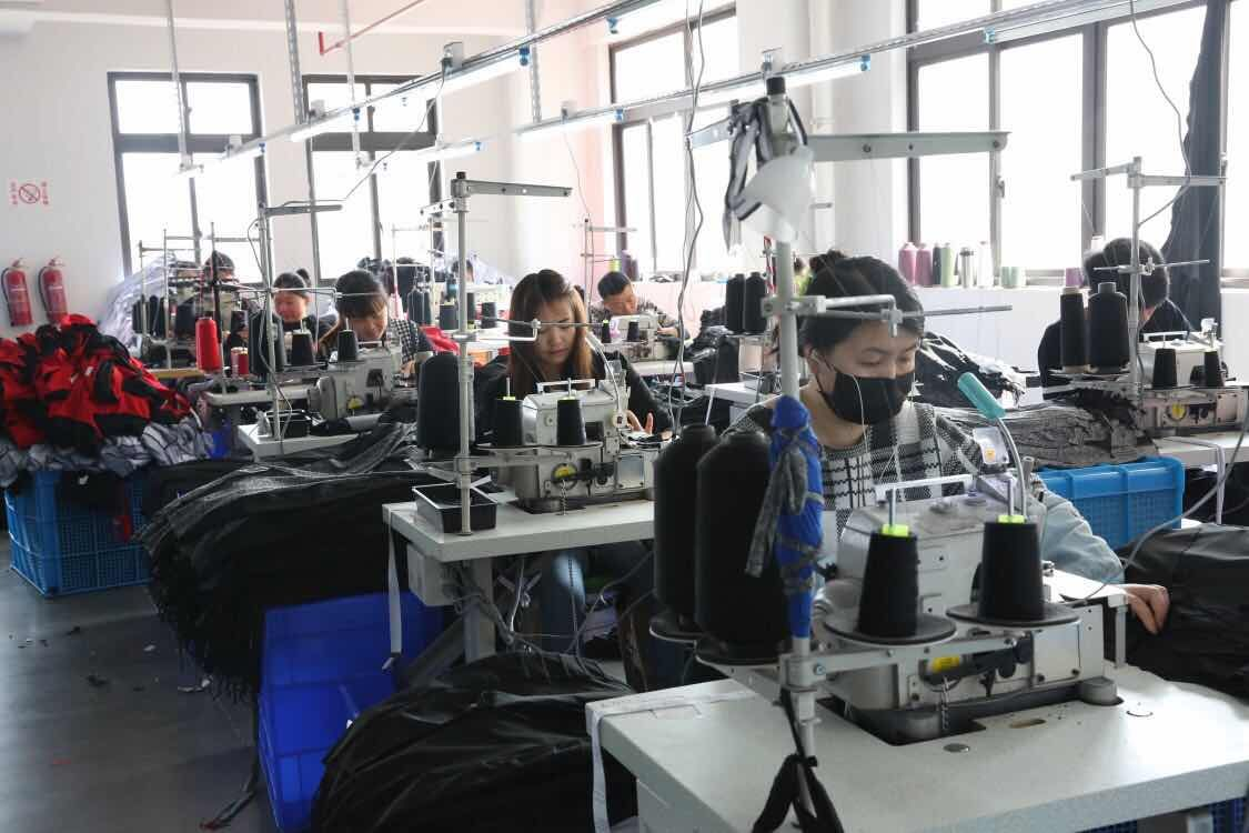 mozchina factory pics2 - sports wear, shape wear